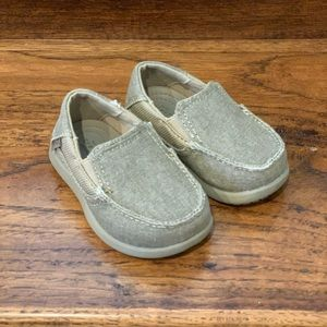 COPY - New Kids Crocs Loafers Size 6 (never worn!)